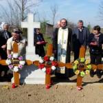 Preotul Gabriel Ichim a îngropat creştineşte toţi morţii abandonaţi la morgă