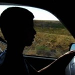A furat autoturismul mamei