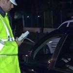 Avea permisul suspendat şi sub influenţa alcoolului, dar a fost depistat la volanul unui autoturism
