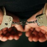 Cercetați în stare de reținere, pentru tulburarea ordinii și liniștii publice și loviri