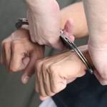 Cercetat pentru furt calificat, în stare de arestare preventivă