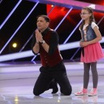 O elevă a Palatului Copiilor Bacău cântă pentru a doua oară  pe scena emisiunii Next Star