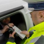 Conducere sub influenţa alcoolului cercetată de poliţişti