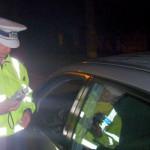 Depistat de poliţişti la volan sub influenţa alcoolului